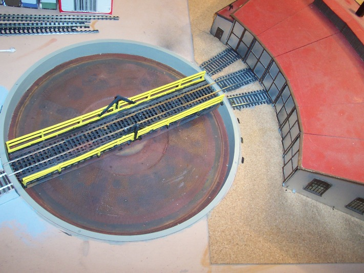 Turntable and roundhouse overview